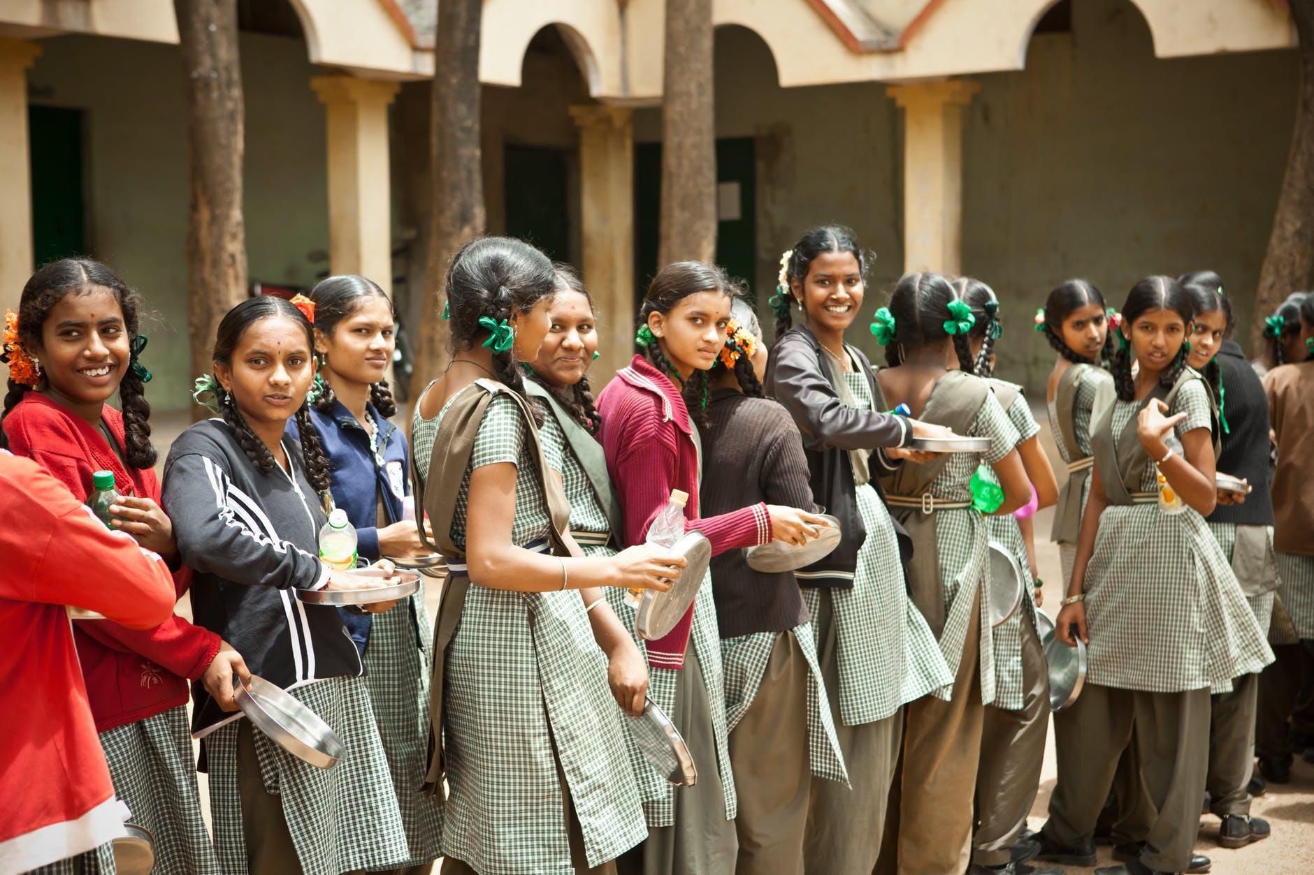 school-children-happy-food-159632.jpeg