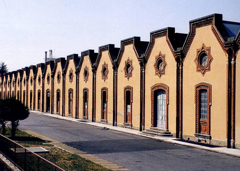 L'esterno della fabbrica, Crespi d'Adda