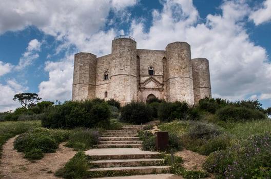 Il Patrimonio dell'Umanità spiegato ai bambini: Castel delMonte